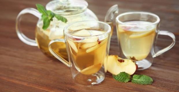 Ödem attıran çay: Limonlu elma çayı