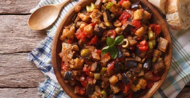 Patlıcan yemeği yapımı