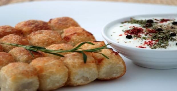 Pratik ve lezzetli Milföy mantısı nasıl yapılır?