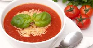 Klasik lezzet aroması: Sütlü domates çorbası