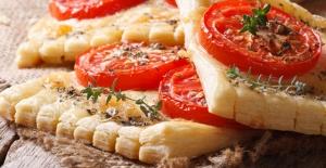 Milföyden pratik pizza tarifi