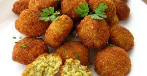 Bir nev-i nohut mücveri: Falafel tarifi