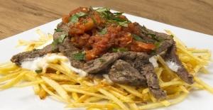 Bodrum'da dört katlı ziyafet: Çökertme kebabı tarifi