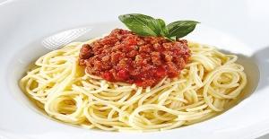 İşin sırrı sosunda: Napoliten soslu makarna tarifi, nasıl yapılır?